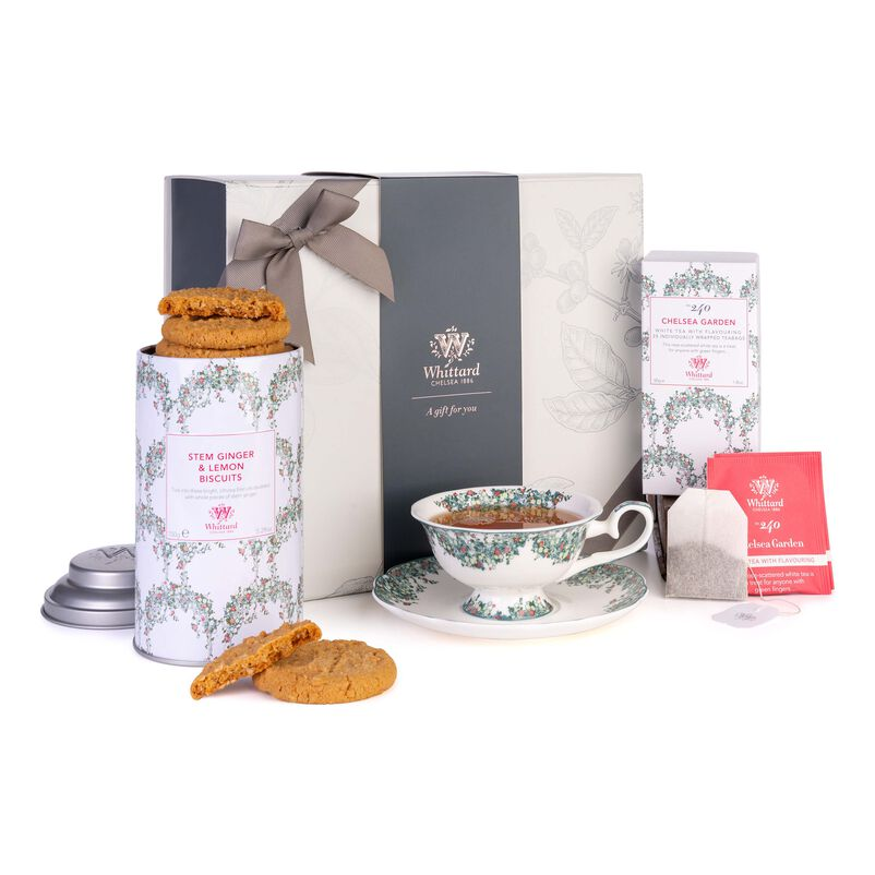Tea Discoveries Tea Gift Set with Tea Cup & Saucer, Stem Ginger & Lemon Biscuits and Chelsea Garden Teabags