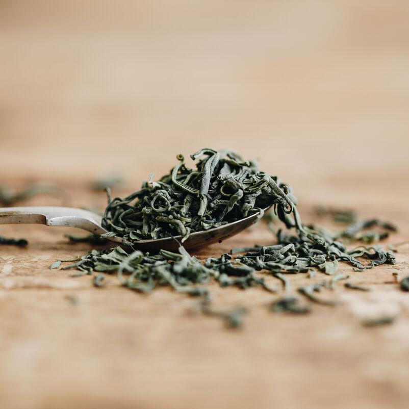 Matcha Guricha Loose Tea spoonful