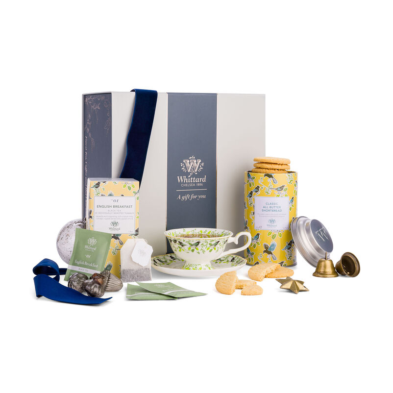 The Tea Discoveries English Breakfast Gift Set in christmas styling