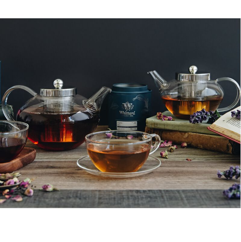 Lifestyle image of Chelsea Glass Teapot with tea in