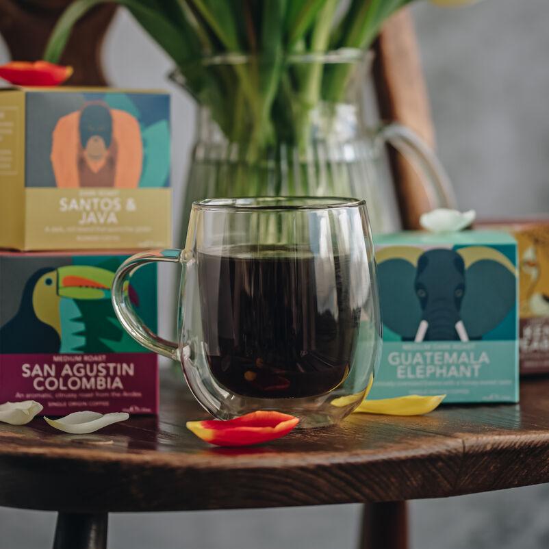 Nova Double-Walled Mug with coffee boxes