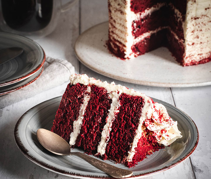 Vegan Red Velvet Amaretto Cake